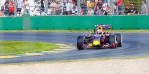 Ricciardo during qualifying for the 2015 Australian GP - Credit Scott Cresswell